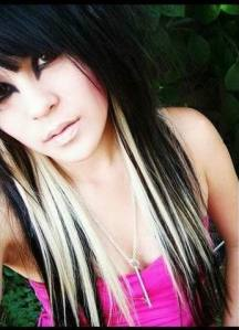 girls long emo hairstyles