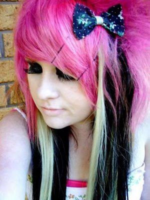 Scene Short Hairstyles 2009 Red Pink And Blue Hair Amazing