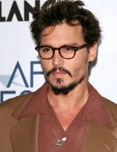Johnny Depp Cool Men's Short Hairstyles