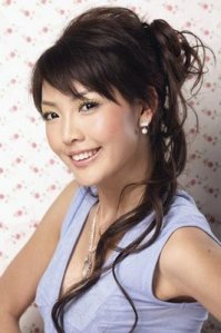 long cute asian hair style -http://long-hairstyle.blogspot.com/